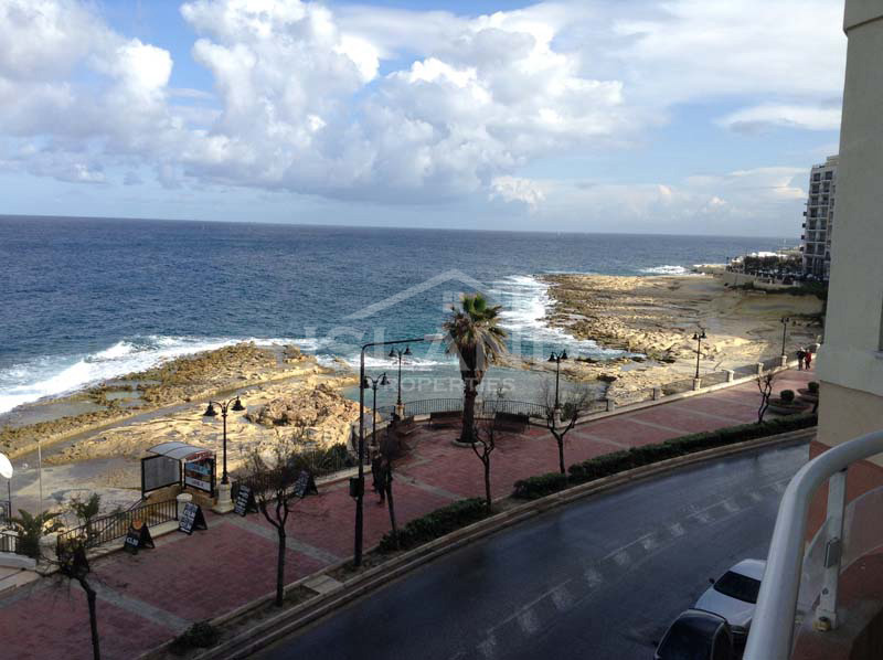 Balcony apartment Sliema