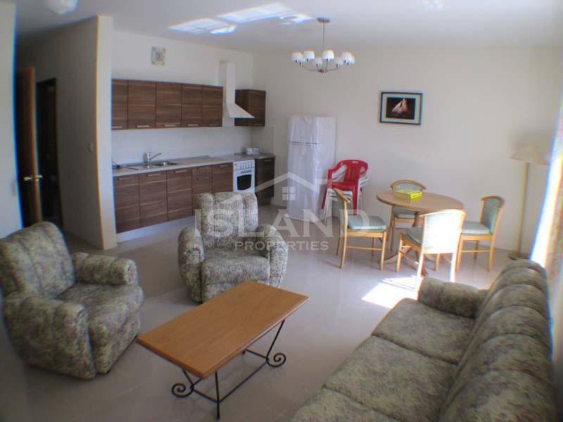 Living room apartment St Paul Bay