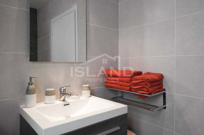 Shower room apartment St Julians