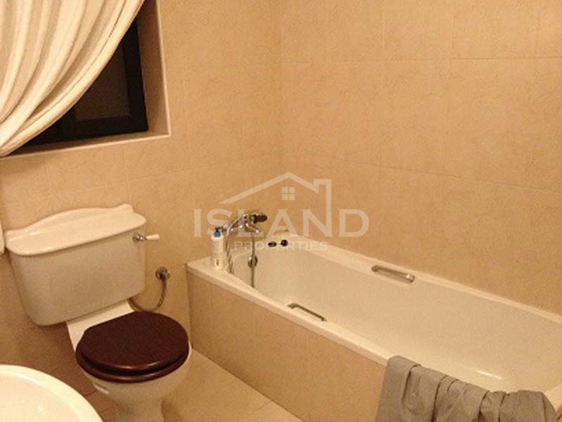 Bathroom apartment St Julians