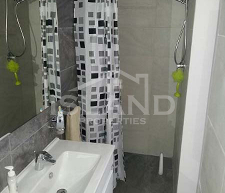 Toilet apartment Mosta