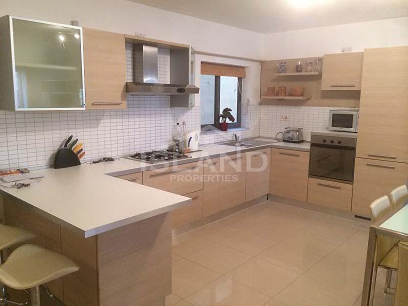 Kitchen apartment Swieqi