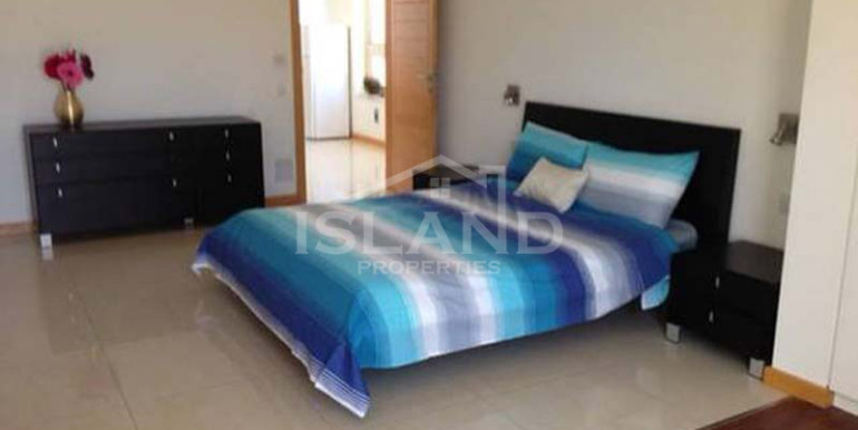 Bedroom/Penthouse in Sliema