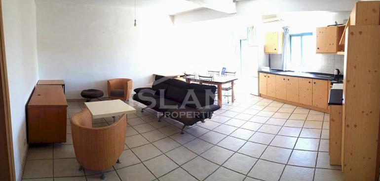 Living room and kitchen apartment Naxxar