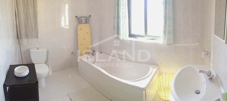 Bathroom apartment Naxxar