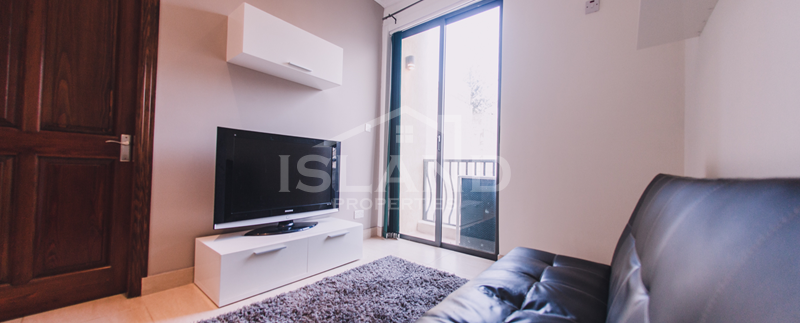 Living room/Modern Apartment in Sliema
