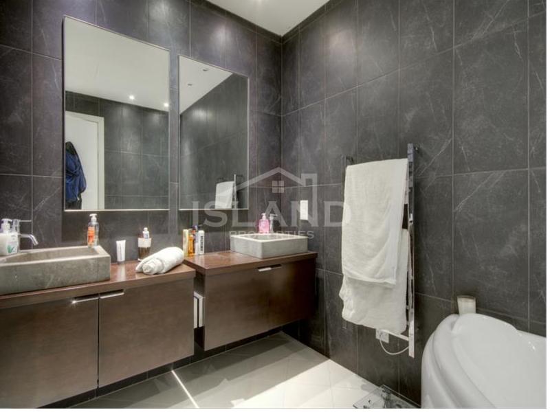 Bathroom/Luxury Detached Villa in Mellieha