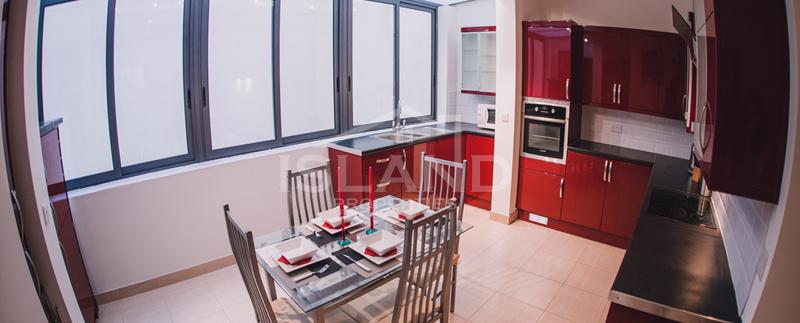 Kitchen/Modern Apartment in Sliema