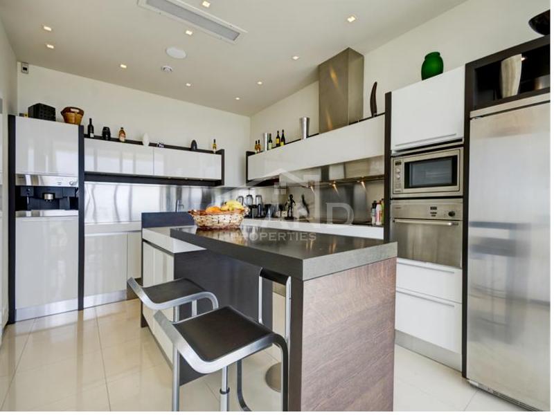 Kitchen/Luxury Detached Villa in Mellieha