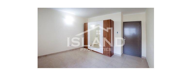 Room/Madliena Apartment