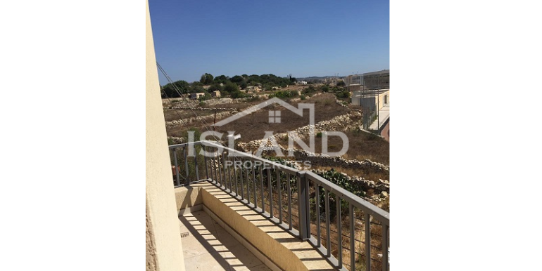 Balcony apartment Mosta