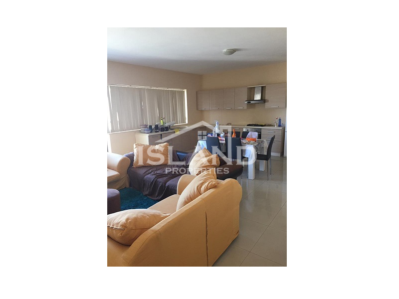 Kitchen and living room apartment Mosta