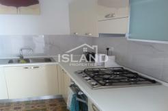 Island Properties, Townhouse in Gzira, Kitchen