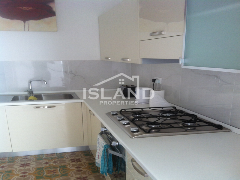 Island Properties, Townhouse in Gzira, Kitchen