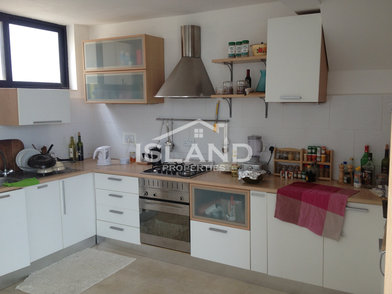 Island Properties, Penthouse in Gharghur, kitchen
