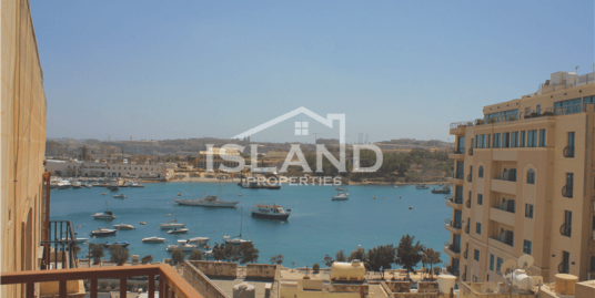 Sea View Apartment in Sliema