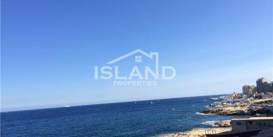 Luxury Apartment with Sea Views in Tigne, Sliema