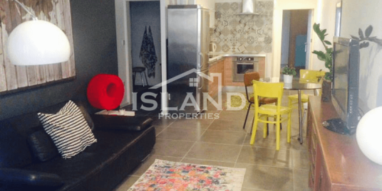 Stunning Renovated Townhouse in Sliema