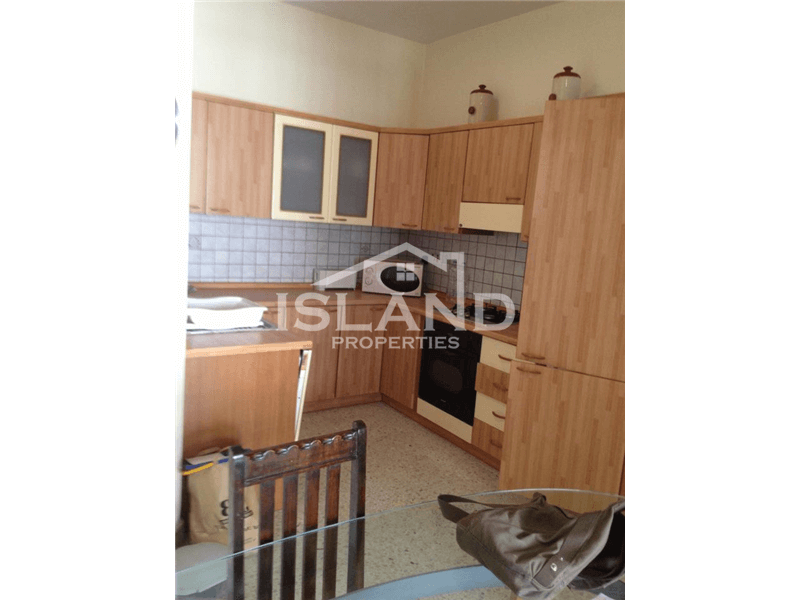 Large Three Bedroom Apartment in Msida