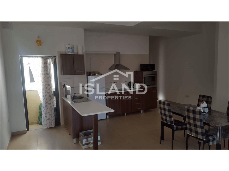 Bright Two Bedroom Apartment in Msida
