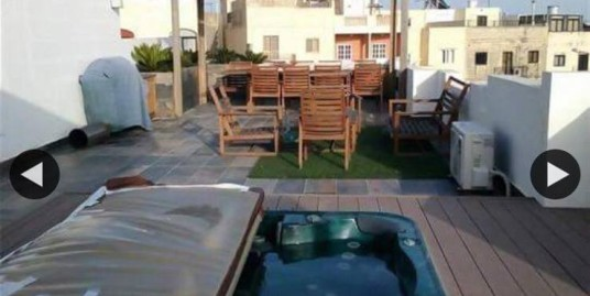 Three bedroom Duplex Penthouse In Mosta