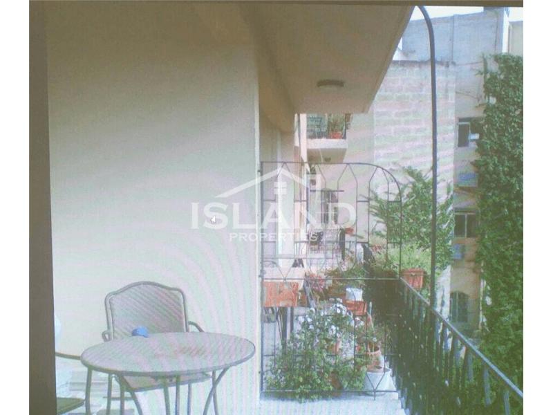 Two Bedroom Apartment In St Julians