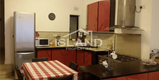 Two Bedroom Apartment In Birkirkara