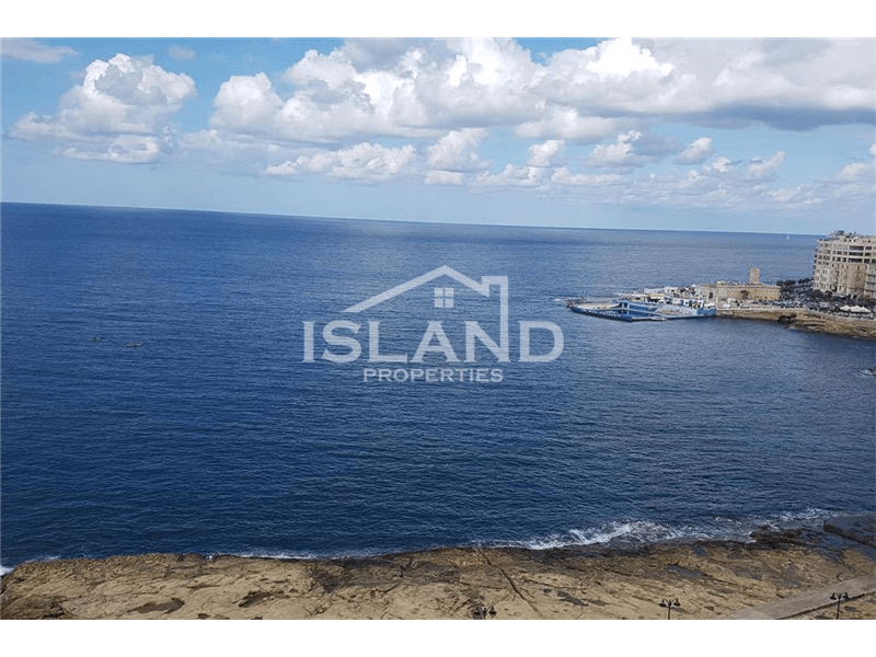 Three Bedroom Penthouse In Sliema