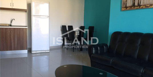 Two Bedroom Apartment In Hamrun