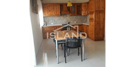 Three Bedroom Apartment In Bugibba