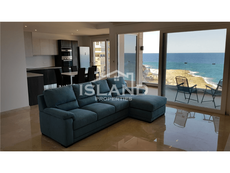 Three Bedroom Sea-Front  Apartment in Sliema