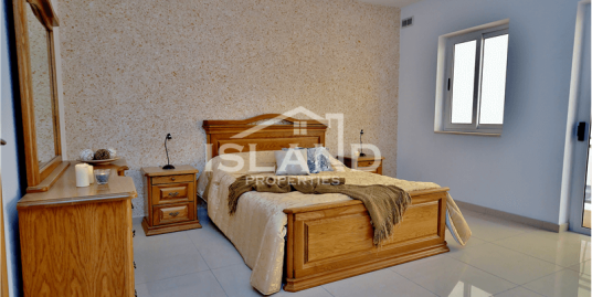 Three Bedroom Maisonette in Naxxar