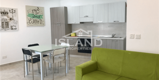 Two Bedroom Penthouse In Naxxar