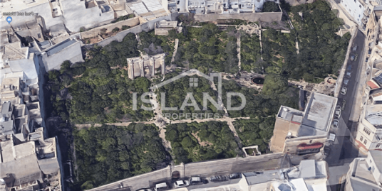 Large Plot in Mosta