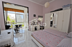 One Bedroom with Host Family in St Julians