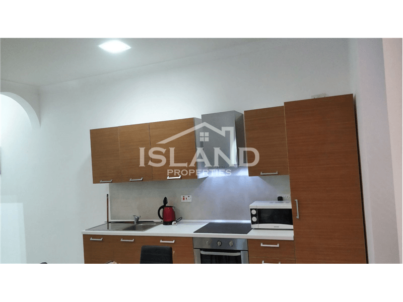 Two Bedrooms Maisonette in Sliema
