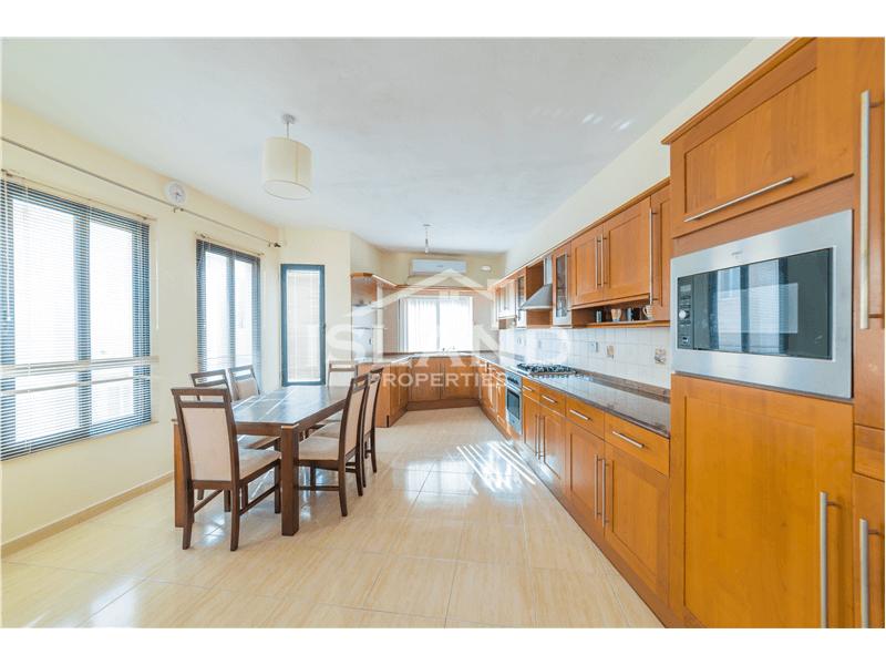 Three Bedroom Apartment in Gzira