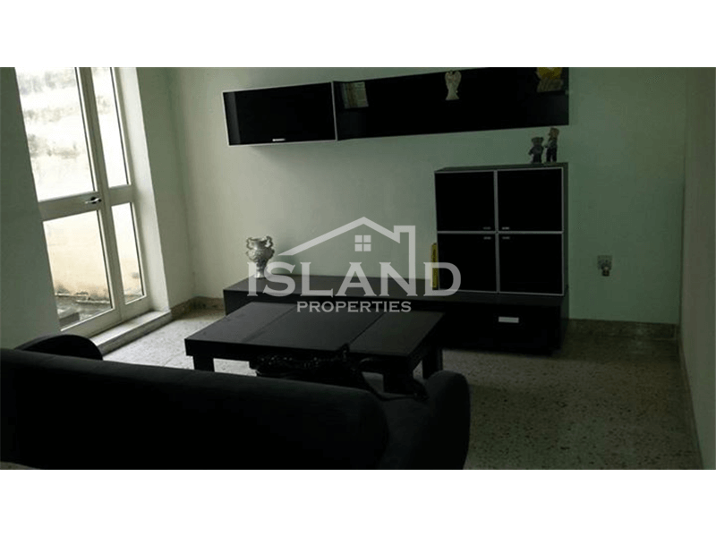 Three Bedrooms Apartment in Paola