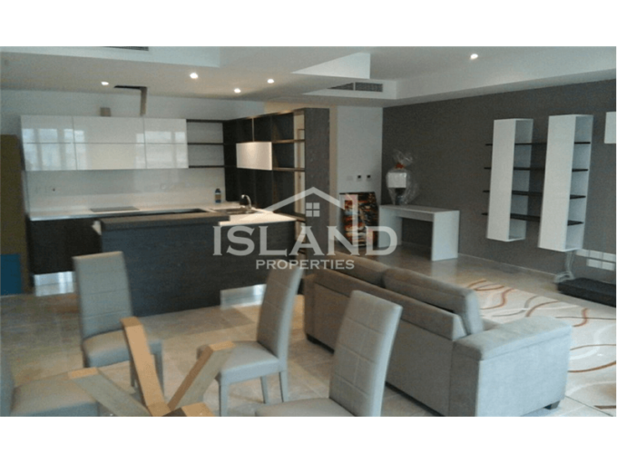 Three Bedrooms Apartment in Sliema