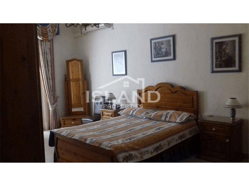 Three Bedroom Apartment in Naxxar