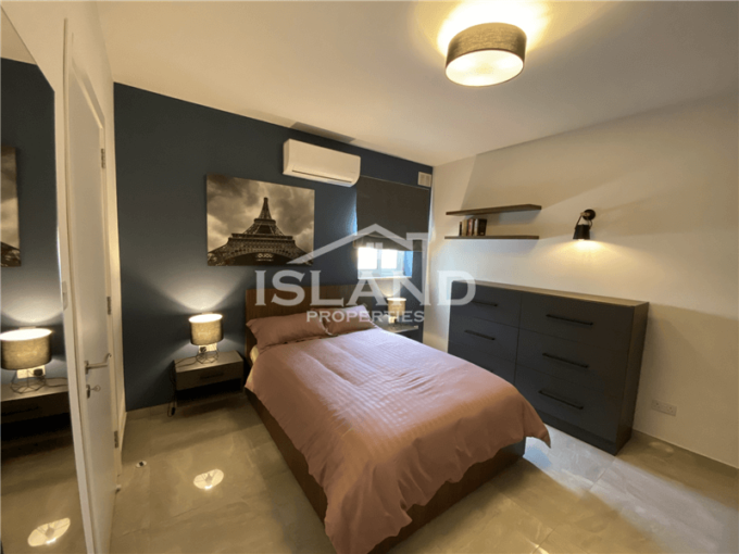 One Bedroom Apartment in Mosta